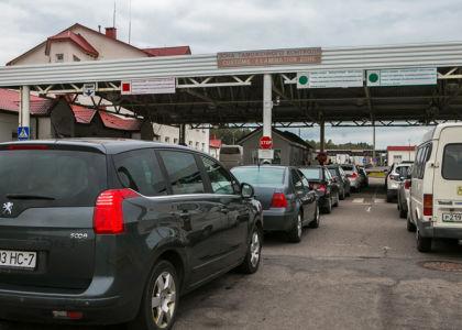 Обязательно ли иностранным водителям оформлять полис ОСАГО?