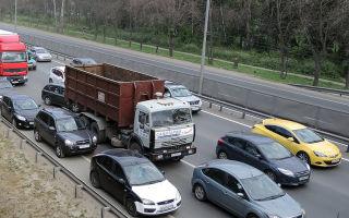 Когда предусмотрена санкция за игнорирование дистанции между автотранспортом?