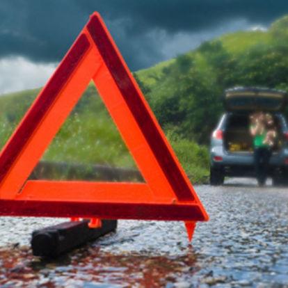 Как накажут водителя, не выставившего знак аварийной остановки?