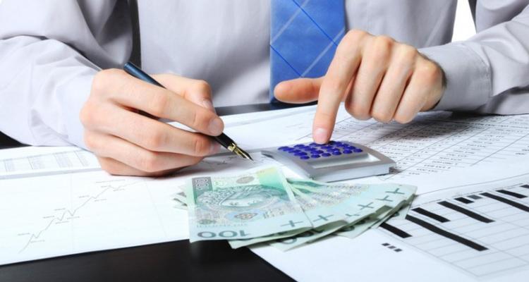 Какая страховая компания выплачивает ущерб при ДТП?
